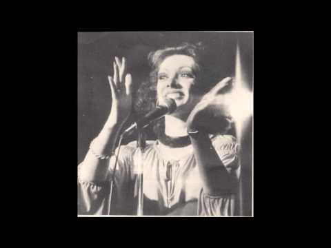 Reba Rambo-McGuire - Behold The Lamb