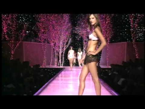 Victoria Secret Fashion Show-2007-Alessandra Ambrosio