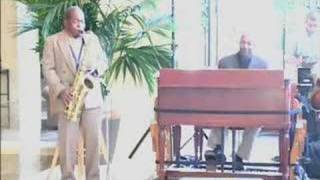 Daryl Darden plays Blues Vickie Pt.1