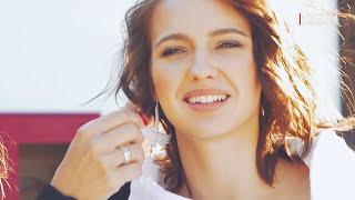 Актриса Юлия Хлынина из фильма «Дуэлянт» — жаркое видео с конем!