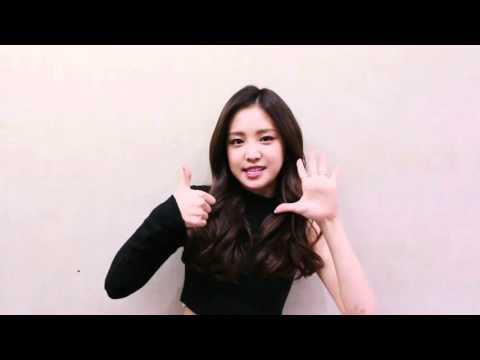 APink's Naeun speaking English (Listing tour dates and New Year's greetings)