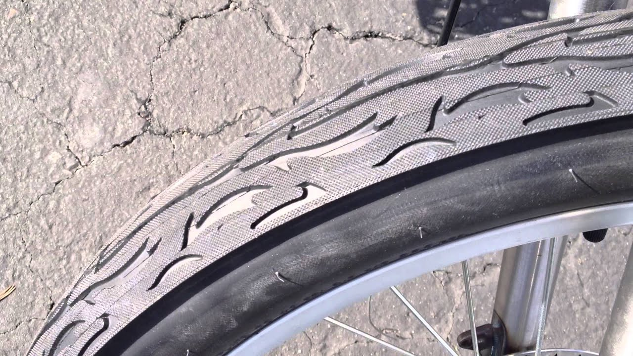 """PACKAGE DEAL 1-24 x 3/"""" /& 1-26/"""" x 2.125/"""" Flame Tires//Tubes /& Strips Bicycle Bike"""