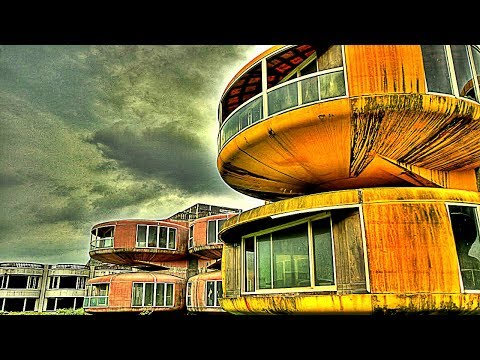 10 Mysteriously Abandoned Places
