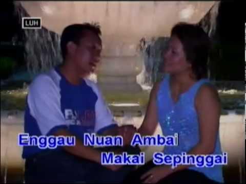 Betuah Bepangan Enggau Nuan - Johnny Aman & Angela Lata Jua