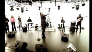 Sonnie Badu - Covenant Keeping God (Live Version)