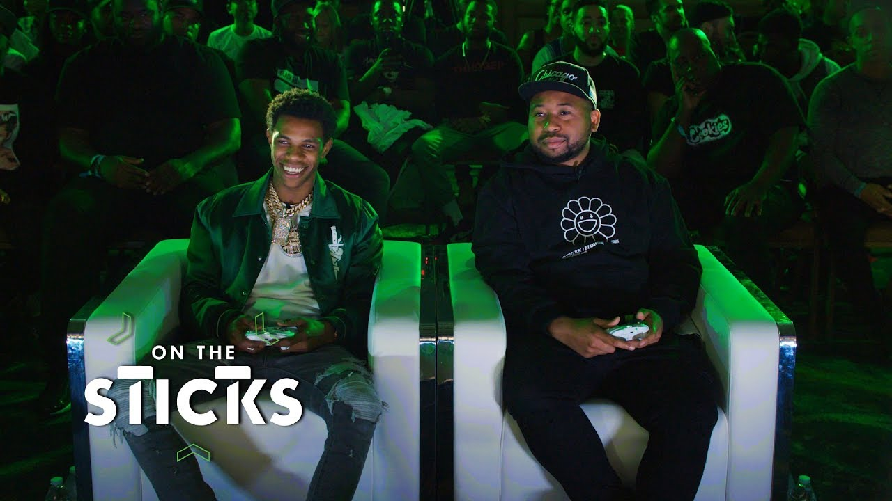 A Boogie and DJ Akademiks Face Off in NBA 2K19 at ComplexCon | On The Sticks