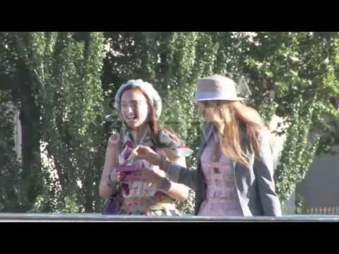 Leighton Meester and Blake Lively on the set of Gossip Girl in Paris at Pont Des Arts