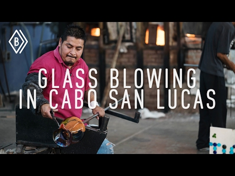 Exploring Cabo's culture : Learning the steps of Glass Blowing - EP 2/4
