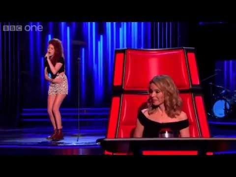 невероятно грациозная девушка с очень сильным голосом!!!