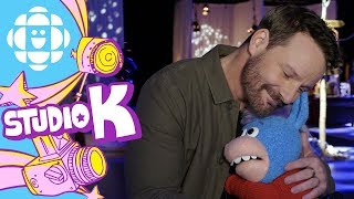 Gary the Unicorn Hugs Ryan Robbins | Hug Club | CBC Kids