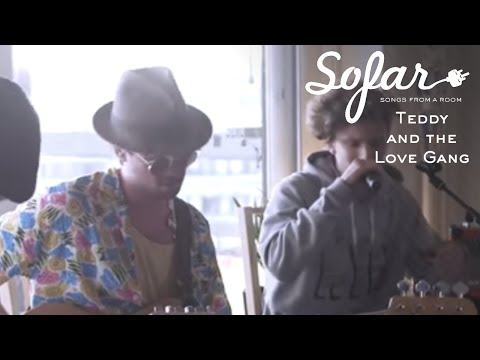 Teddy and the Love Gang - Going In Circles | Sofar Oslo