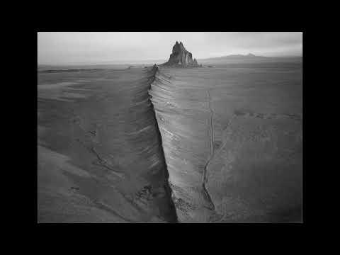 STAVVES - The Desert Gloats (Full Length: 2018)
