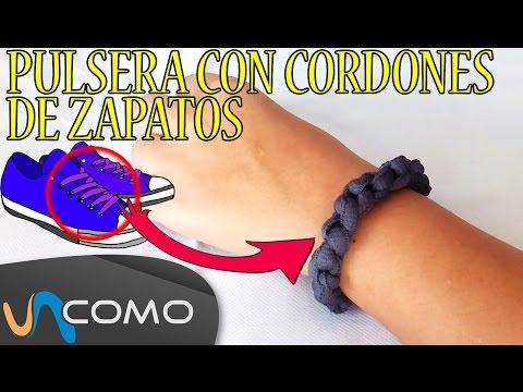 Pulsera de nudos con cordones de zapatos