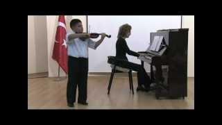 violin-keman Alperen Ağaoğlu