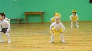 Танец 'Барабашка'. Наш позитивчик!!! (София-3,8 года)