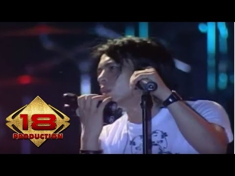 Peterpan - Sally Sendiri  (Live Konser Pekanbaru 30 Maret 2008)