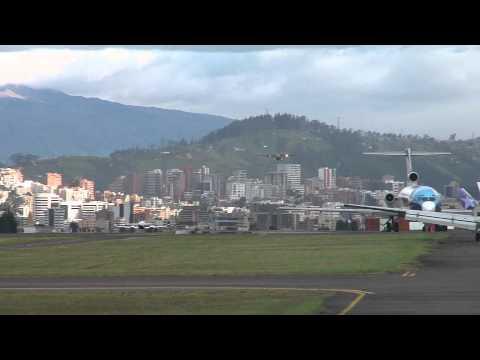 STEEP final approach of the FAE C130(Ecuador Air force )