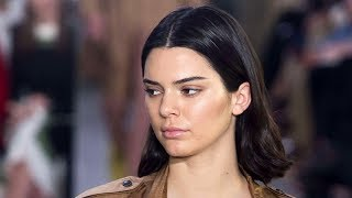 Video Kendall Jenner Reacts To Kylie Jenner Pregnancy download MP3, 3GP, MP4, WEBM, AVI, FLV Oktober 2017