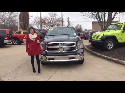 2016 ram 1500 big horn vs ford f 150 towing and technology louisville ky at oxmoor dodge jeep. Black Bedroom Furniture Sets. Home Design Ideas