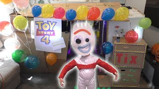 Toy Story 4 Box Fort Carnival