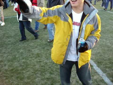 BYU beats Arizona at 2008 Las Vegas Bowl.....Shotgunning a Beer!