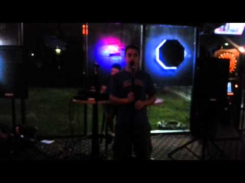 Jimmy Crack karaoke in Niagara Falls