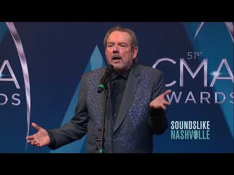 Jimmy Webb Talks Little Big Town Performance, Glen Campbell at CMA Awards
