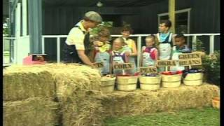 Donut Man Video - BARNYARD FUN featuring Rob Evans and Duncan and the Donut Repair Club