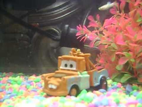 Cars fish tank tow mater youtube for Car fish tank
