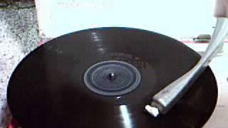 Frank Sinatra - The Lamplighters Serenade  ~  1942