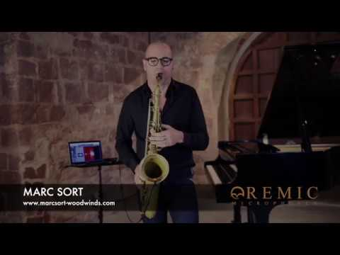 Sound of Spain - REMIC W3000 microphone on saxophone