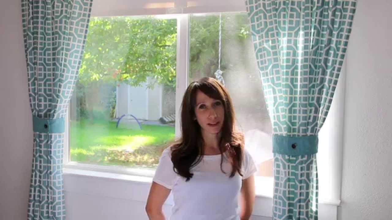How to make simple curtains - How To Make Simple Curtains Out Of A Tablecloth Diy