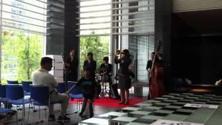 「グランドミッドタワーズ大宮」の街開きイベントにて。 早稲田大学の伝...