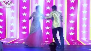 Couple Retro Dance Act
