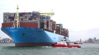 Arrival of world's largest container shipshttps://www.portofrotterdam.com/en/news-and-press-releases/arrival-of-worlds-largest-container-shiphttps://www.port...
