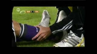Axel Witsel (Standard) breaks leg of Marcin Wasilewski (Anderlecht) Video