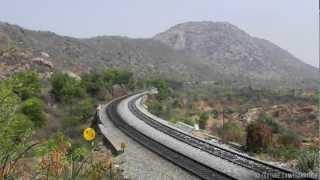 Indian Railways Most Powerful Horn : KJM WDP4 20025 echoing Long hood horn