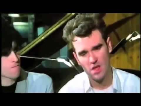 The Smiths - There Is A Light That Never Goes Out (Early Demo 1986)