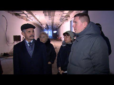 Депутат В.Шапкин проверил, как идёт строительство школ в Щёлково