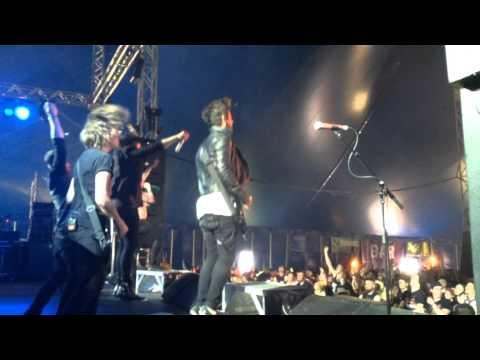 Yashin -Where Ever I May Roam (Metalica Cover) And Runaway Train