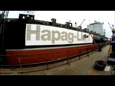 How a Hapag-Lloyd vessel gets a new paint job