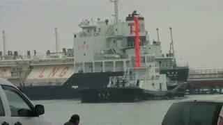 釧路西港第1埠頭  内航LNG運搬船 鶴祐丸 出港風景 2017。