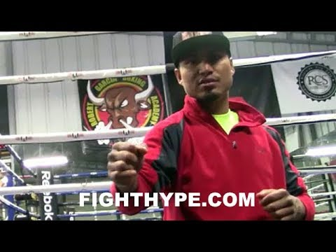 MIKEY GARCIA DESCRIBES WHAT IT'S LIKE TO FIGHT WITH BROKEN HAND; ROBERT GARCIA ON WRAPPING HANDS
