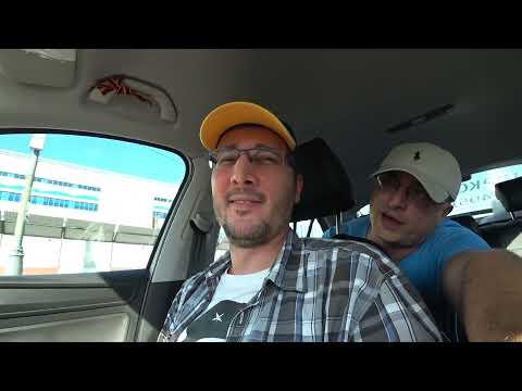 Водителей такси обяжут