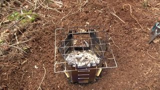 Honey Stove Ti Review Part 2. Using the wood burning stove to cook up some noodles.