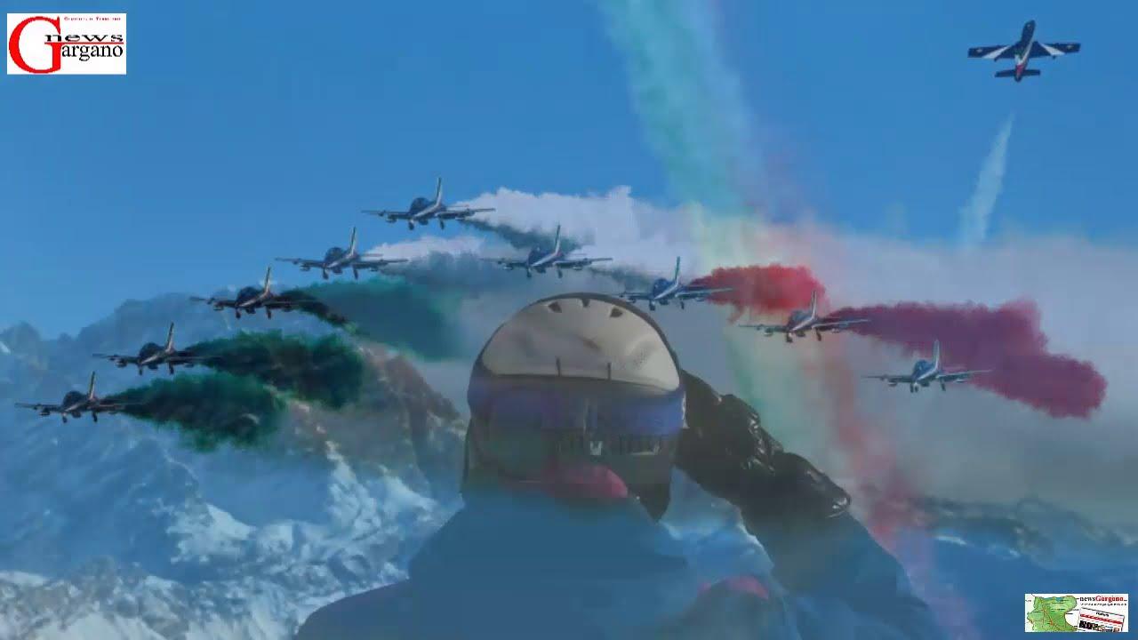 Cortina 2021. Le Frecce Tricolori e la Polizia di Stato omaggiano i  mondiali di sci - YouTube