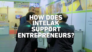 How does the Intelak Hub support entrepreneurs?