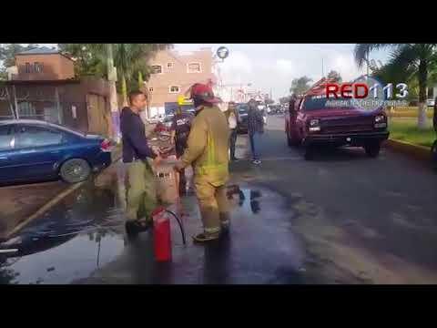 VIDEO Maestras sufren accidente en la colonia El Jericó