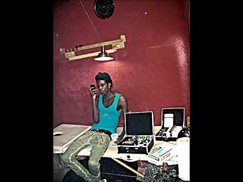 (January 2014 ) Alkaline - Circle Badman Dem|Raw|Diamond Fyah Riddim| Follow @YoungNotnice