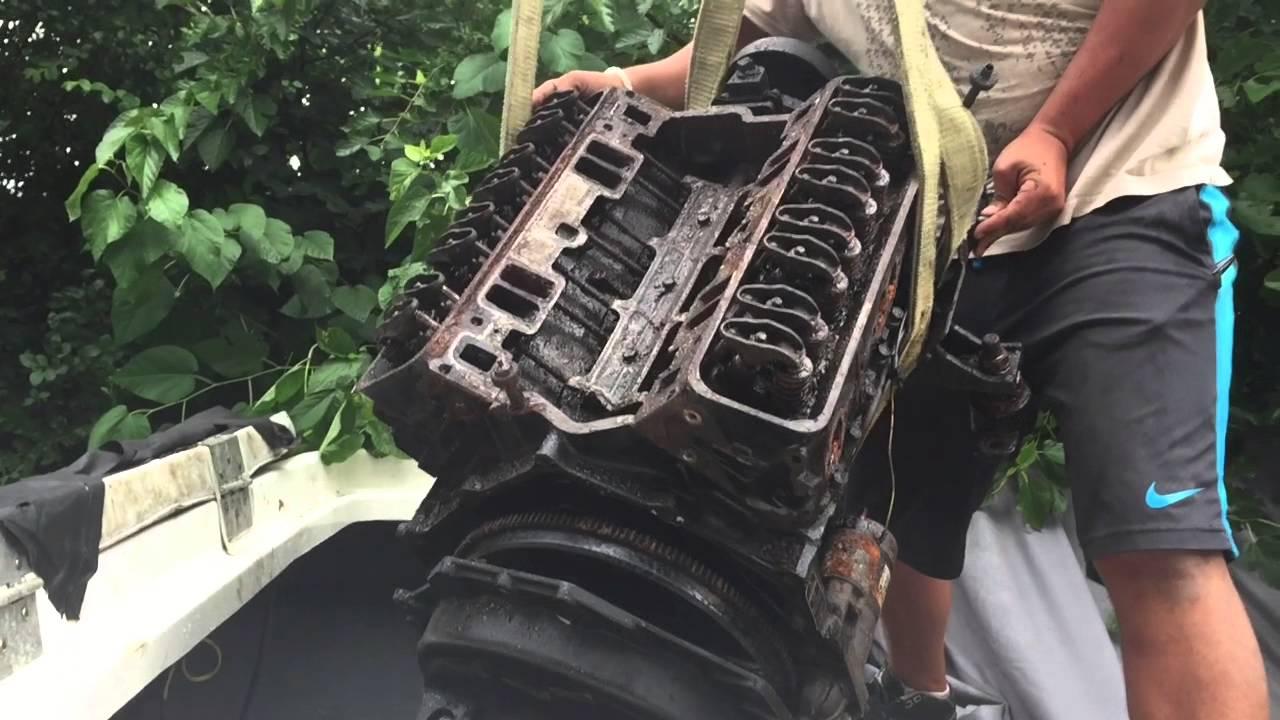 How We Removed/Installed A Bayliner Marine Mercury V8 Inboard Motor - YouTube